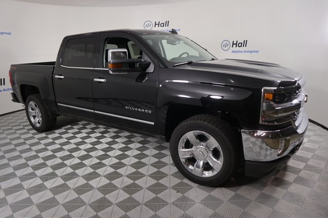 2018 Silverado 1500 Crew Cab 4x4,  Pickup #14C443238 - photo 4