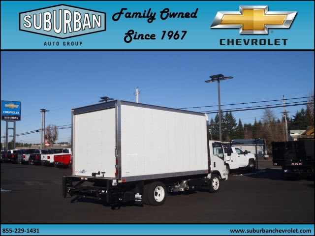 2017 LCF 4500XD Regular Cab, Summit Cutaway Van #T170158 - photo 4