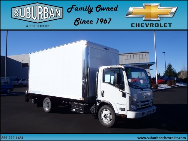 2017 LCF 4500XD Regular Cab, Summit Cutaway Van #T170158 - photo 6