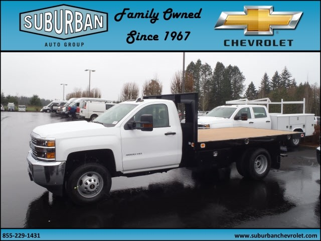 2017 Silverado 3500 Regular Cab 4x4, Knapheide Platform Body #T170364 - photo 3