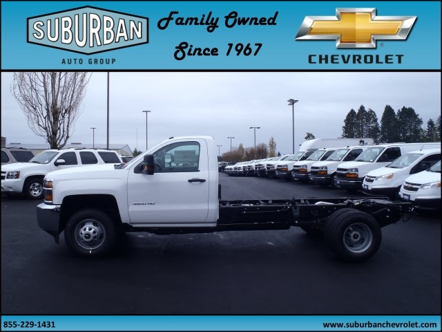 2017 Silverado 3500 Regular Cab 4x4, Cab Chassis #T170432 - photo 3