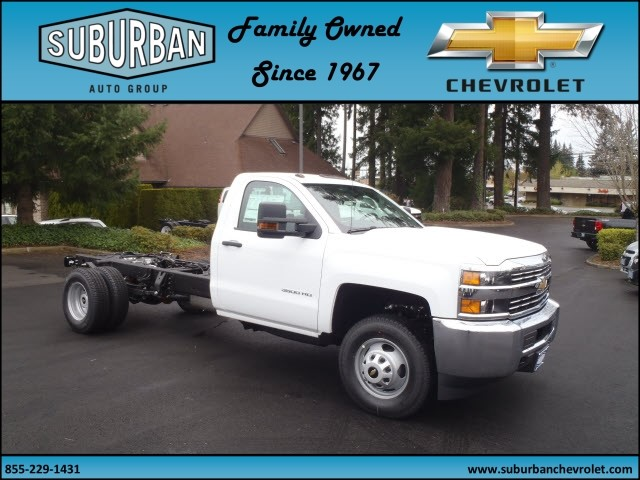 2017 Silverado 3500 Regular Cab 4x4, Cab Chassis #T170432 - photo 6