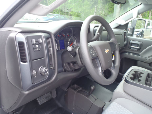 2017 Silverado 2500 Regular Cab 4x4, Pickup #T170495 - photo 8