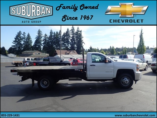2017 Silverado 3500 Regular Cab DRW, Reading Platform Body #T170586 - photo 5