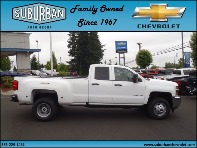 2017 Silverado 3500 Double Cab 4x4, Pickup #T170598 - photo 5