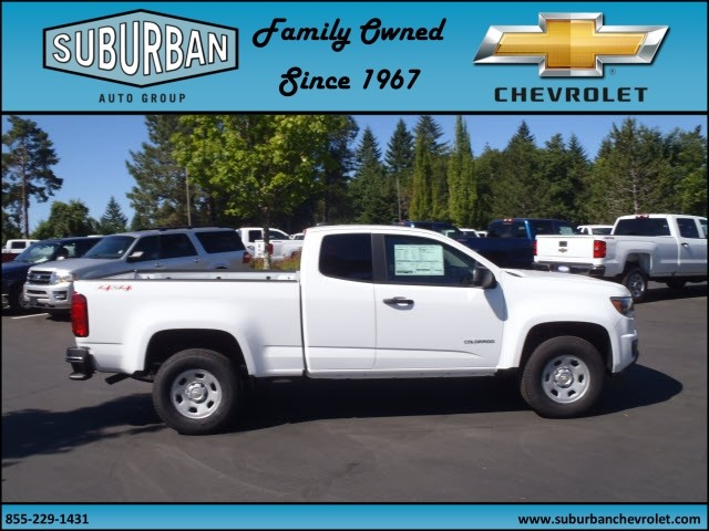 2017 Colorado Double Cab 4x4, Pickup #T170700 - photo 5