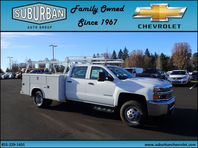 2017 Silverado 3500 Crew Cab DRW, Reading Service Body #T170893 - photo 6