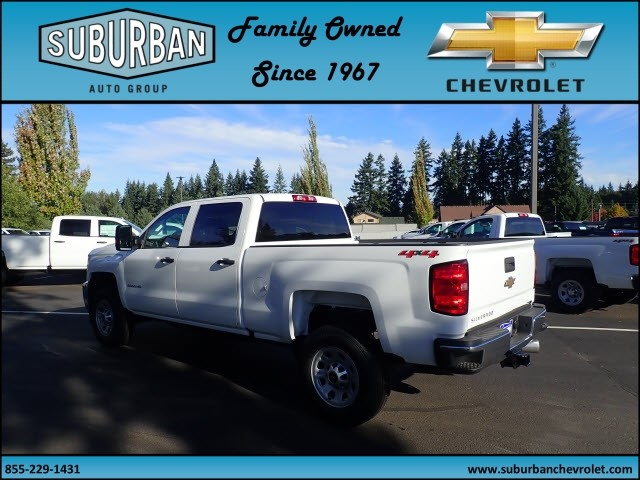 2018 Silverado 2500 Crew Cab 4x4 Pickup #T180053 - photo 2