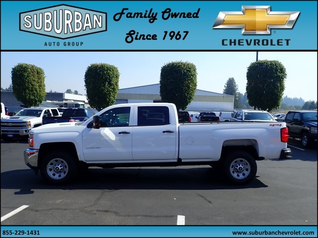 2018 Silverado 2500 Crew Cab 4x4 Pickup #T180055 - photo 3