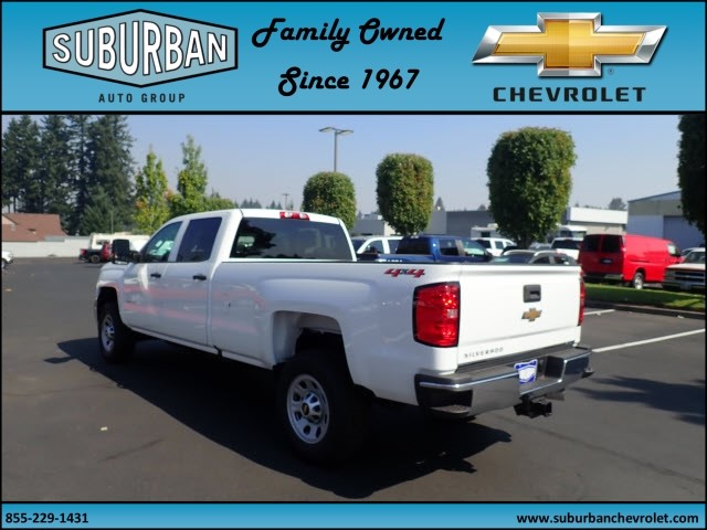 2018 Silverado 2500 Crew Cab 4x4 Pickup #T180055 - photo 2