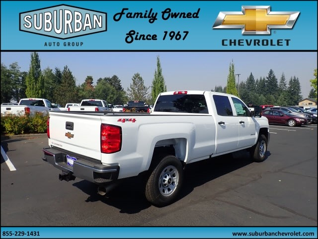 2018 Silverado 2500 Crew Cab 4x4 Pickup #T180055 - photo 4