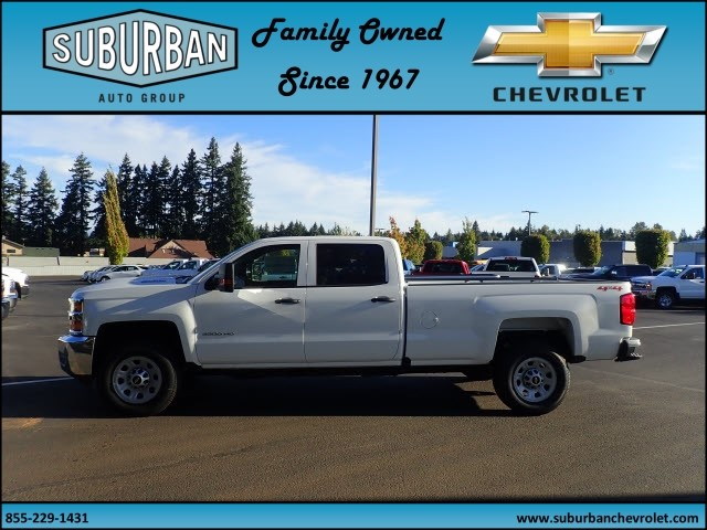 2018 Silverado 3500 Crew Cab 4x4 Pickup #T180089 - photo 3