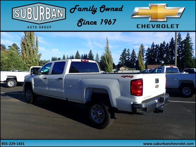 2018 Silverado 3500 Crew Cab 4x4 Pickup #T180089 - photo 2