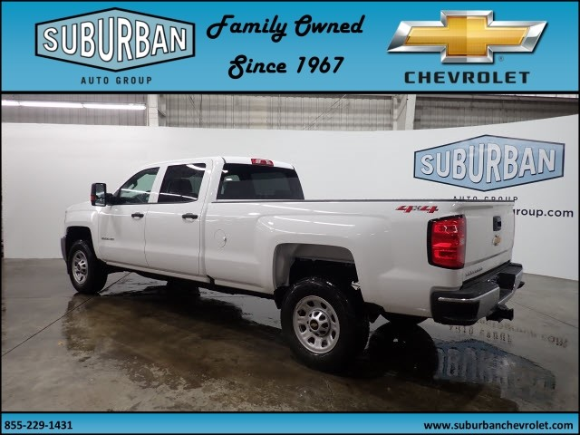 2018 Silverado 2500 Crew Cab 4x4 Pickup #T180187 - photo 2