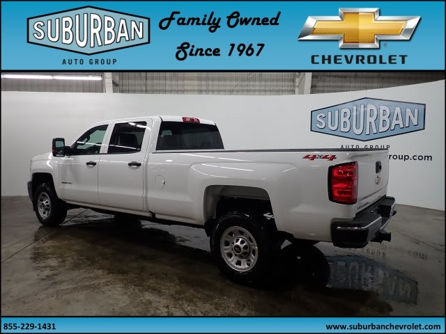 2018 Silverado 2500 Crew Cab 4x4 Pickup #T180193 - photo 2