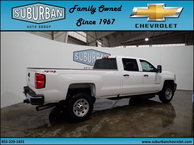 2018 Silverado 2500 Crew Cab 4x4 Pickup #T180193 - photo 4