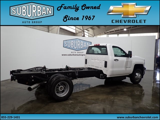 2018 Silverado 3500 Regular Cab 4x4 Cab Chassis #T180217 - photo 4