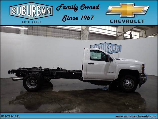 2018 Silverado 3500 Regular Cab 4x4 Cab Chassis #T180217 - photo 5