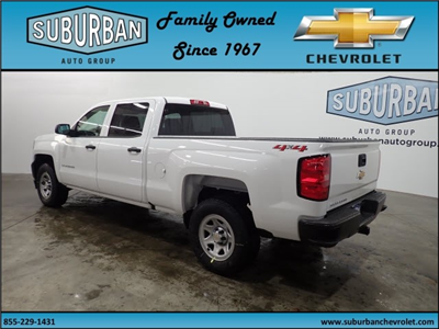 2018 Silverado 1500 Crew Cab 4x4, Pickup #T180219 - photo 2