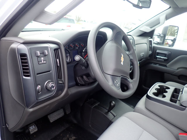 2018 Silverado 3500 Regular Cab DRW 4x4,  Knapheide Service Body #T180251 - photo 9