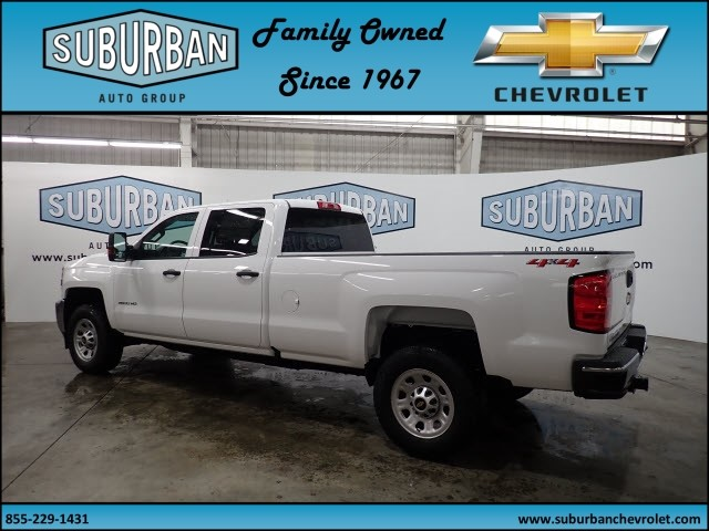 2018 Silverado 2500 Crew Cab 4x4, Pickup #T180589 - photo 2