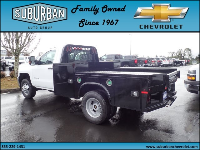 2018 Silverado 3500 Regular Cab DRW 4x4,  Knapheide Platform Body #T180592 - photo 2