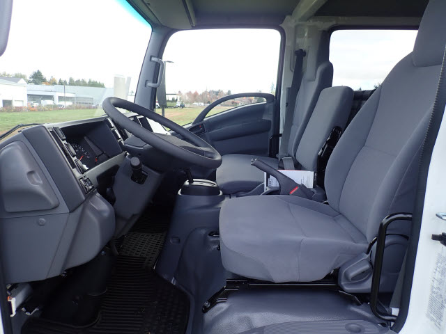 2018 LCF 4500 Crew Cab,  Reading Landscaper SL Landscape Dump #T180866 - photo 7