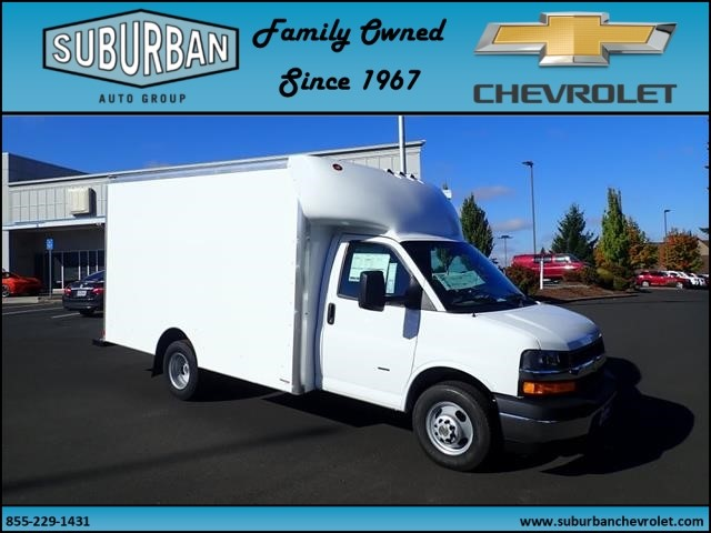 2018 Express 3500 4x2,  Supreme Cutaway Van #T180915 - photo 6