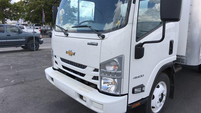2019 Chevrolet LCF 4500 Regular Cab RWD, Supreme Signature Van Dry Freight #19-1078 - photo 11