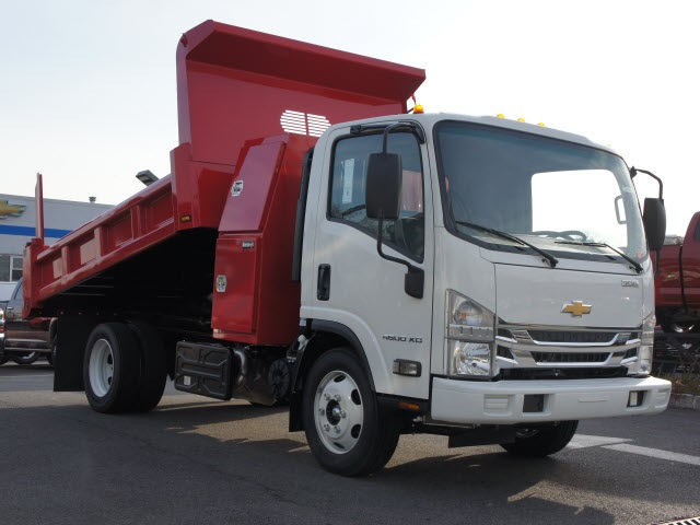 2017 Low Cab Forward Regular Cab, Rugby Dump Body #N170172 - photo 3