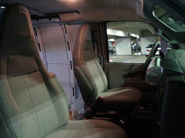 2017 Express 2500 Cargo Van #N170375 - photo 12