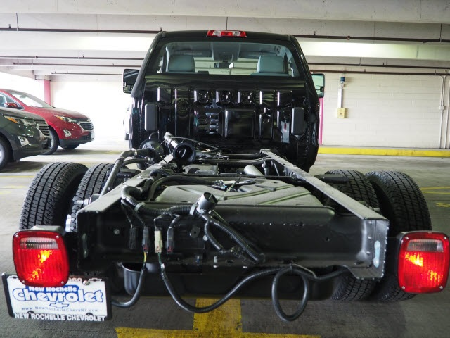 2017 Silverado 3500 Regular Cab DRW 4x4, Cab Chassis #N170917 - photo 11