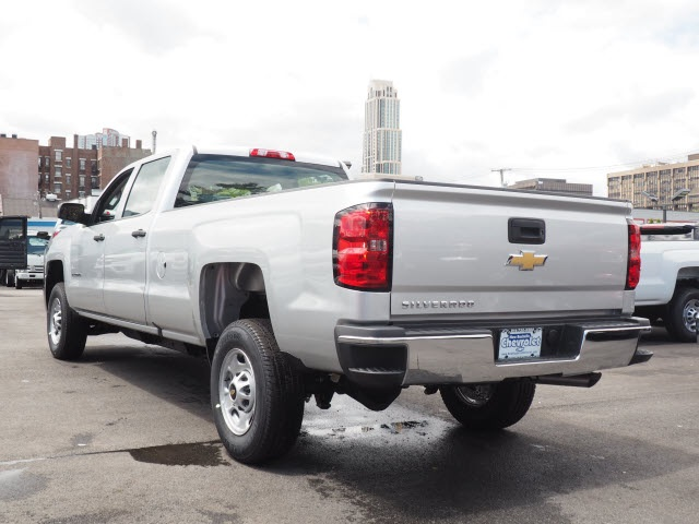 2017 Silverado 2500 Crew Cab Pickup #N170978 - photo 2
