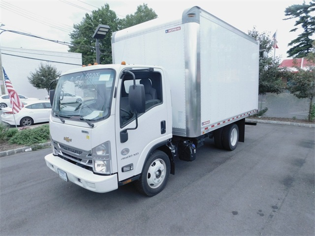 2017 LCF 4500XD Regular Cab 4x2,  Morgan Dry Freight #N171536 - photo 5