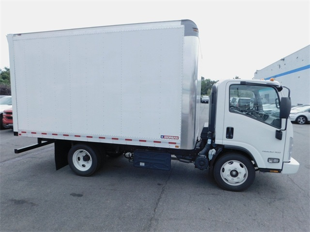 2017 LCF 4500XD Regular Cab 4x2,  Morgan Dry Freight #N171539 - photo 3