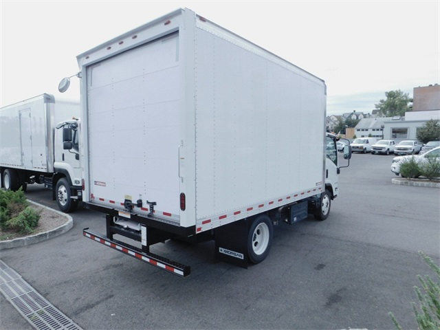 2017 LCF 4500XD Regular Cab 4x2,  Morgan Dry Freight #N171539 - photo 2