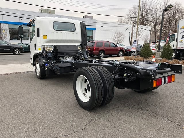 2018 LCF 5500HD Regular Cab,  Cab Chassis #N180164 - photo 5