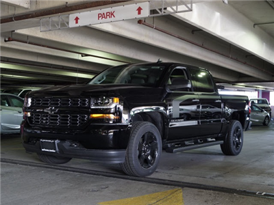 2018 Silverado 1500 Crew Cab 4x4 Pickup #N180407 - photo 1