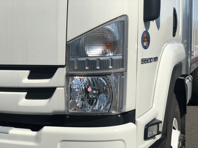 2018 LCF 6500XD Regular Cab, Cab Chassis #N180656 - photo 13