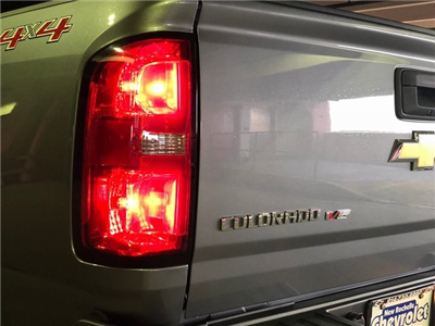 2018 Colorado Crew Cab 4x4, Pickup #N180661 - photo 14