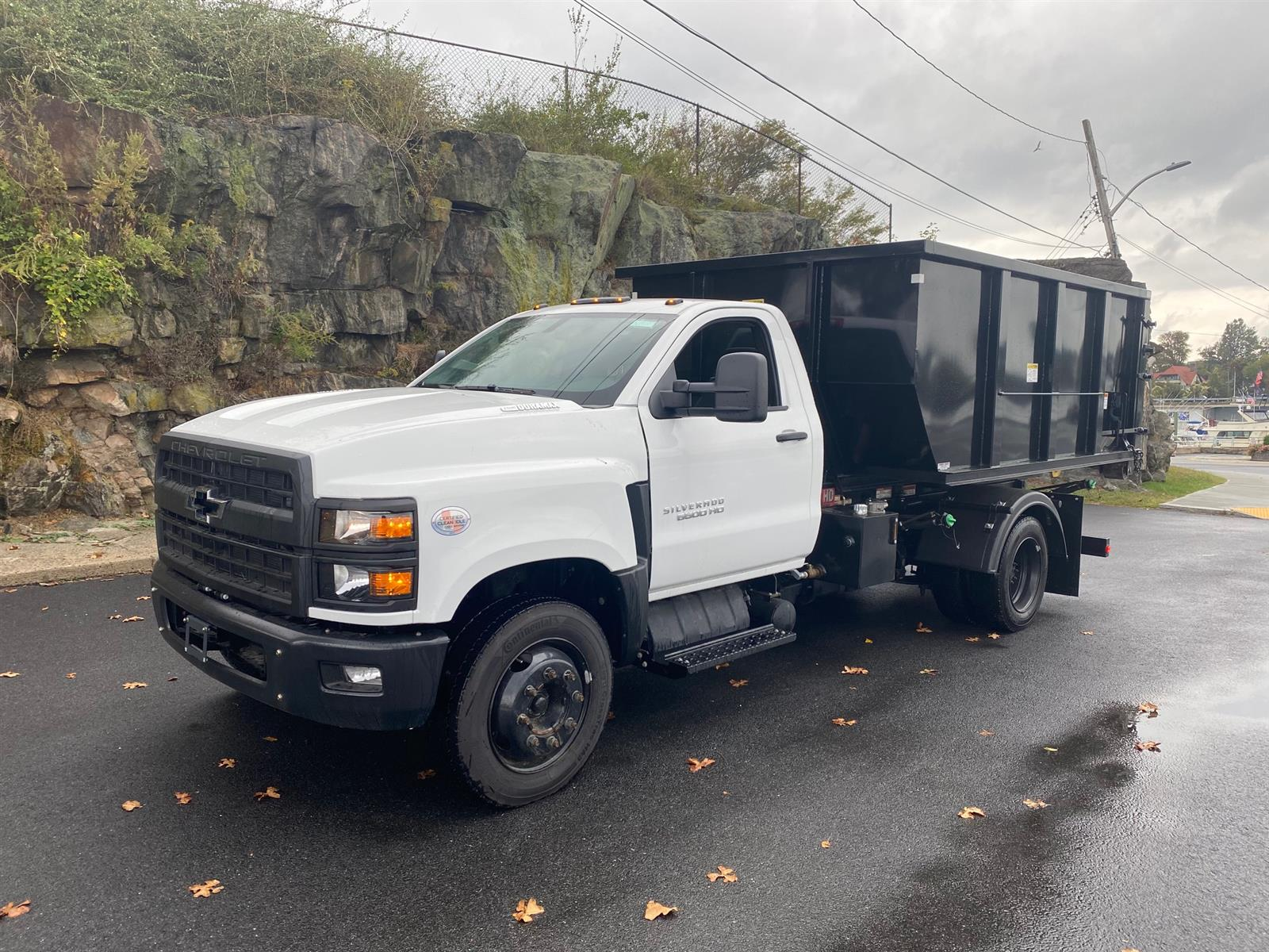 2019 Chevrolet Silverado 6500 Regular Cab DRW 4x2, Switch N Go 11-620HD 18K Hydraulic Hoist #N191357 - photo 1