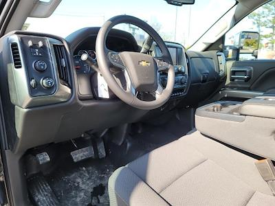 2020 Chevrolet Silverado 6500 Regular Cab DRW 4x4, Miller Industries Century Rollback Body #N201260T - photo 9