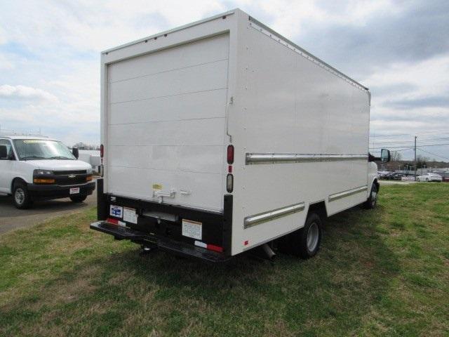 2016 GMC Savana 3500 4x2, Cutaway Van #PC6784 - photo 1