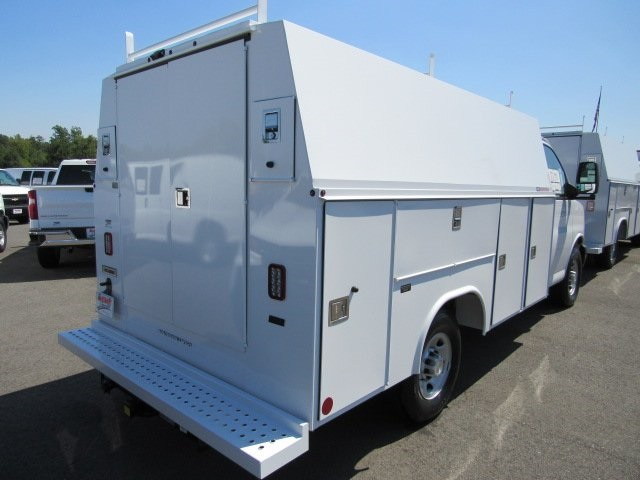 2019 Chevrolet Express 3500 4x2, Reading Service Utility Van #T16428 - photo 1