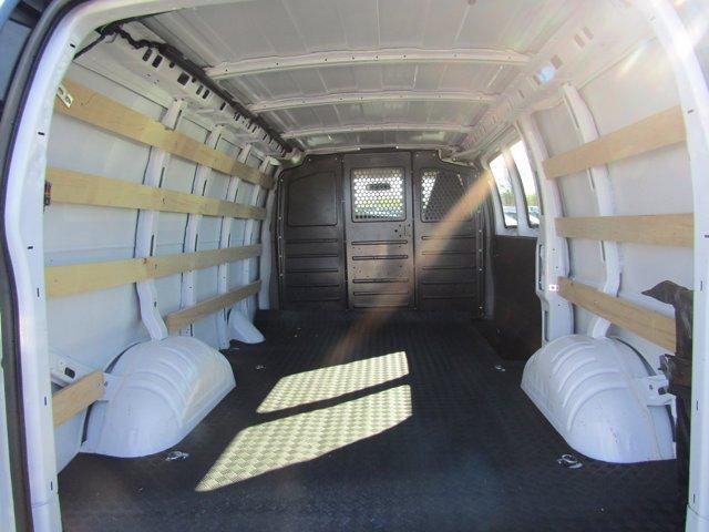 2019 GMC Savana 2500 4x2, Empty Cargo Van #R102008 - photo 1
