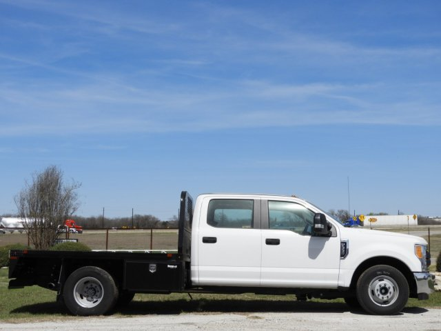 2017 F-350 Crew Cab DRW, Platform Body #HEC17001 - photo 5