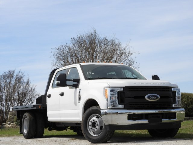 2017 F-350 Crew Cab DRW 4x2,  Norstar Platform Body #HEC91531 - photo 3