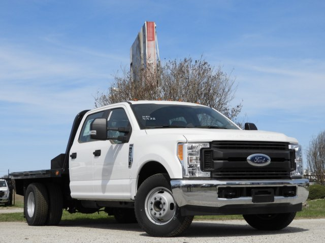 2017 F-350 Crew Cab DRW,  Norstar Platform Body #HEC91532 - photo 3