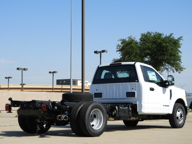 2017 F-350 Regular Cab DRW, Cab Chassis #HED80668 - photo 2