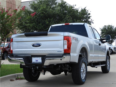 2017 F-250 Super Cab 4x4 Pickup #HEE55434 - photo 2